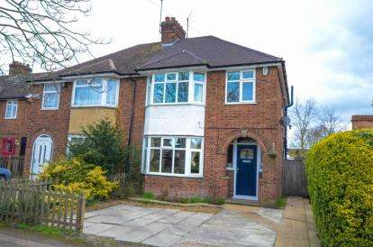 3 Bedrooms Semi Detached House for sale in Cambridge