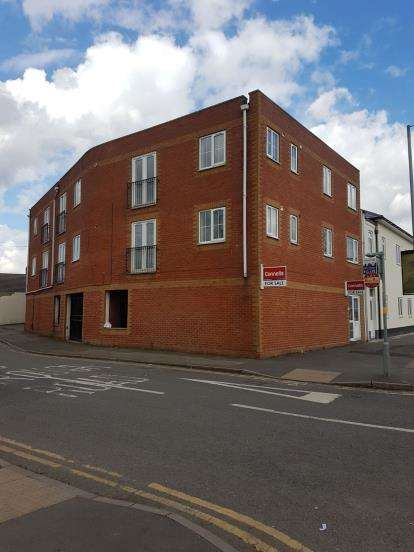6 Bedrooms Flat for sale in Flats 1-6, 69 Pinfold Street, Darlaston, Wednesbury