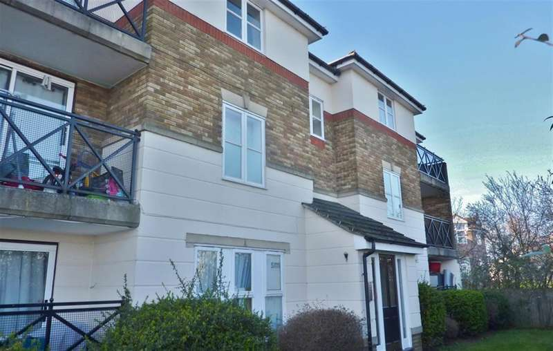 2 Bedrooms Flat for sale in Voyagers Close, Thamesmead, London, SE28 8QQ
