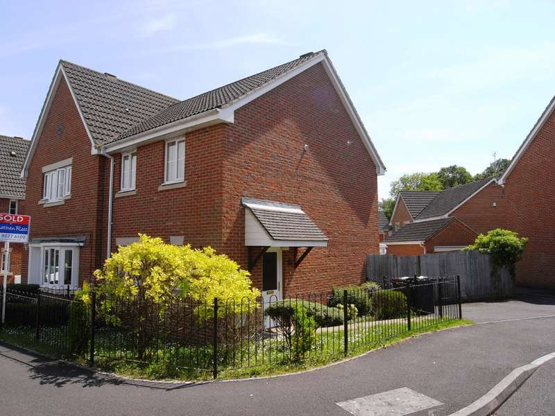 3 Bedrooms Semi Detached House for rent in Knightwood Park , Chandler's Ford