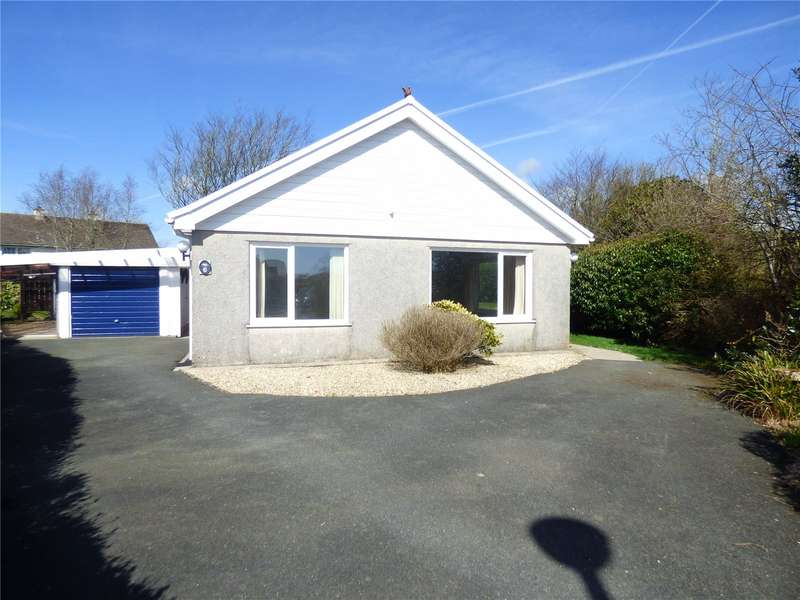 3 Bedrooms Detached Bungalow for sale in Cleggars Park, Lamphey, Pembroke