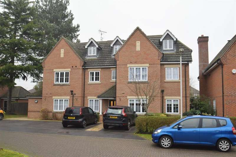 1 Bedroom Penthouse Flat for sale in George Close, Caversham, Reading