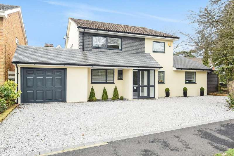 5 Bedrooms Detached House for sale in Highfield Road, Bickley