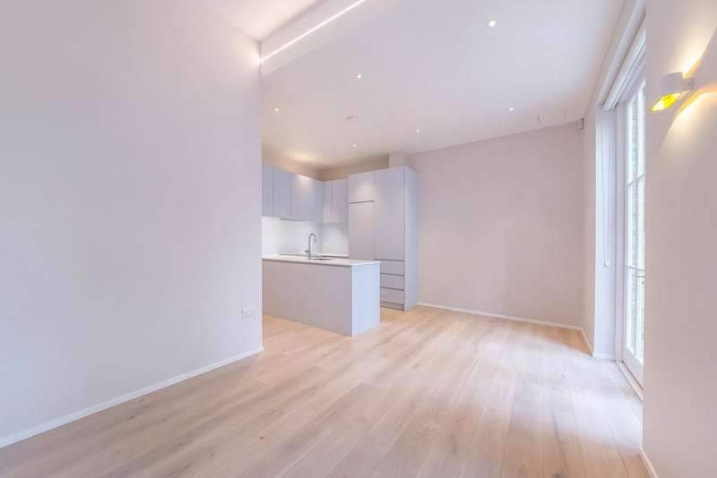 2 Bedrooms Apartment Flat for rent in Charterhouse Street, London, EC1M