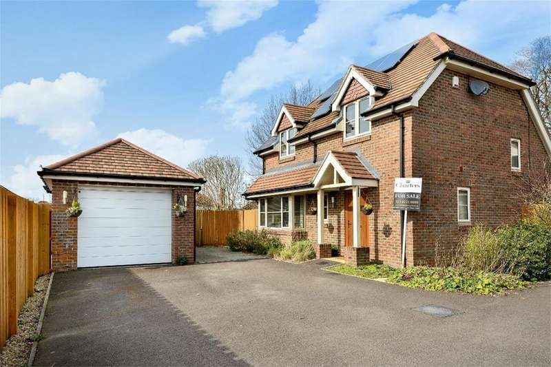 4 Bedrooms Detached House for sale in Portsmouth Road, Old Netley, Hampshire