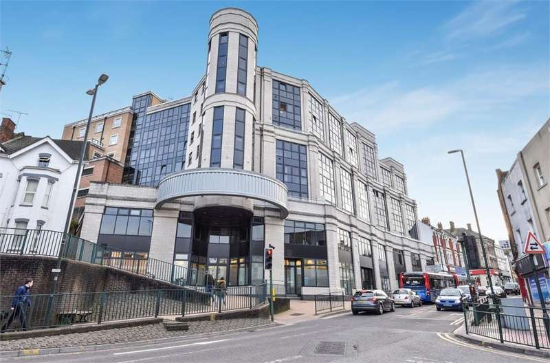 2 Bedrooms Flat for sale in 124 Commercial Road, Bournemouth, Dorset