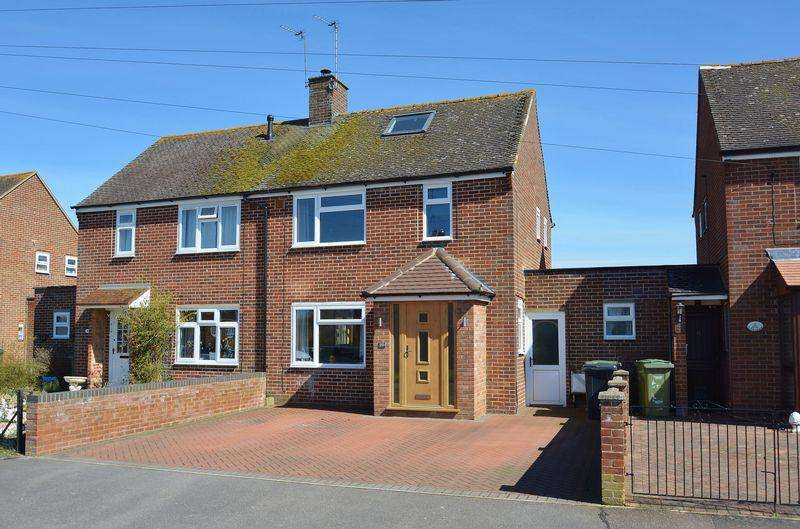 3 Bedrooms Semi Detached House for sale in Queens Close, Thame