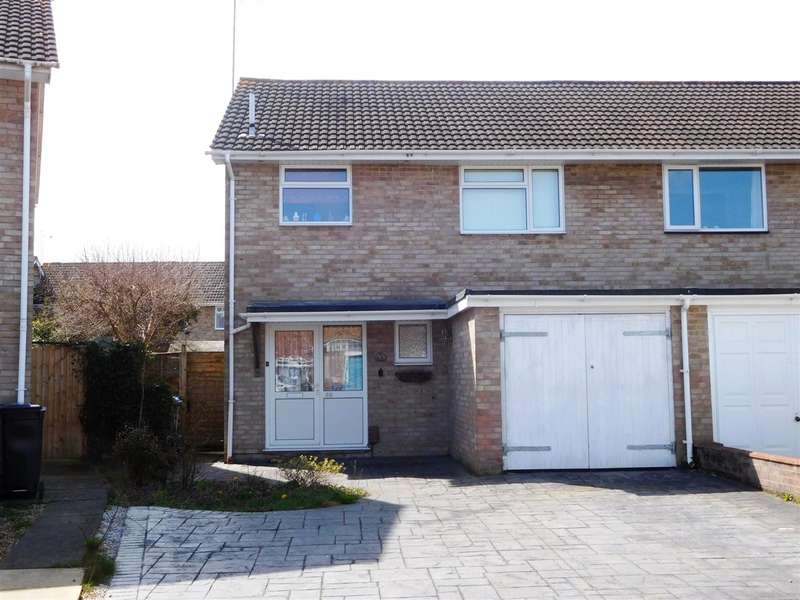 3 Bedrooms Semi Detached House for sale in Hewitt Road, Poole