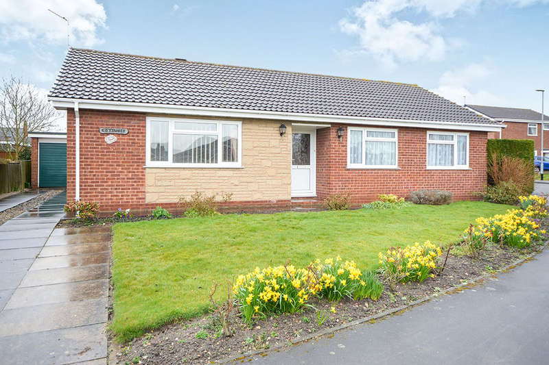 3 Bedrooms Detached Bungalow for sale in Carr Hill Way, Retford, DN22