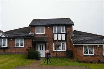 3 Bedrooms House for rent in Langho Street, Ewood, Blackburn