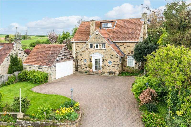 4 Bedrooms Detached House for sale in Jewitt Lane, Collingham, Wetherby, West Yorkshire