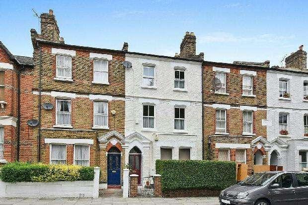3 Bedrooms Maisonette Flat for sale in CHEVERTON ROAD Whitehall Park N19 3BA