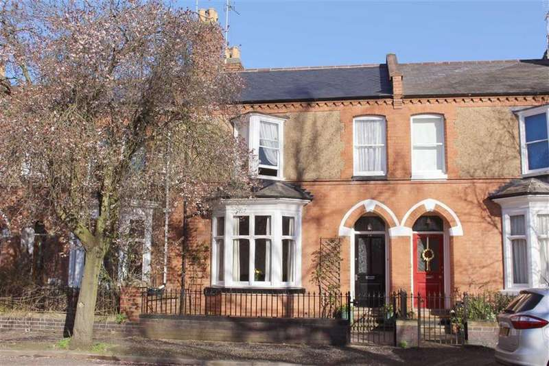 4 Bedrooms Terraced House for sale in Greatheed Road, Leamington Spa, CV32