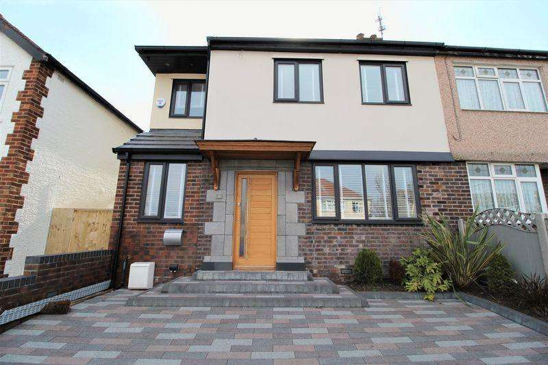 4 Bedrooms Semi Detached House for sale in Grange Road, Heswall