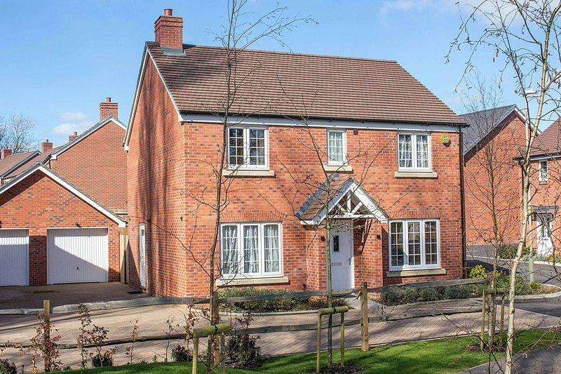 4 Bedrooms Detached House for sale in Old Calmore