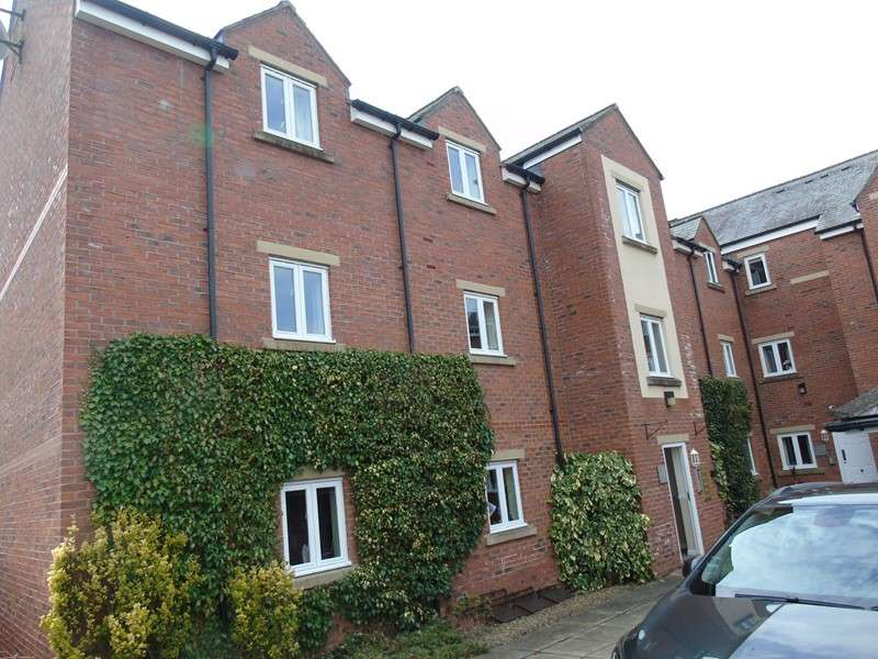 2 Bedrooms Property for sale in Stainthorpe Court, Battle Hill, Hexham, Northumberland, NE46 1WY