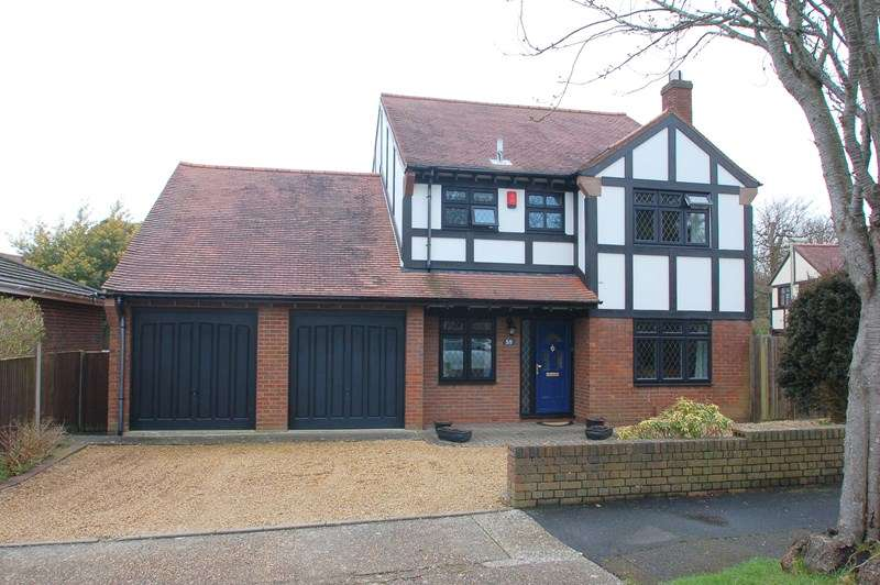 4 Bedrooms Detached House for sale in Kennedy Crescent, Alverstoke, Gosport