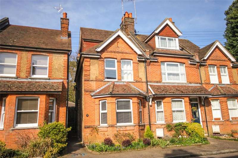 3 Bedrooms Semi Detached House for sale in St. Botolphs Avenue, Sevenoaks, Kent