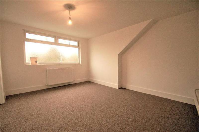 3 Bedrooms Terraced House for sale in Tokyngton Avenue, Wembley, HA9