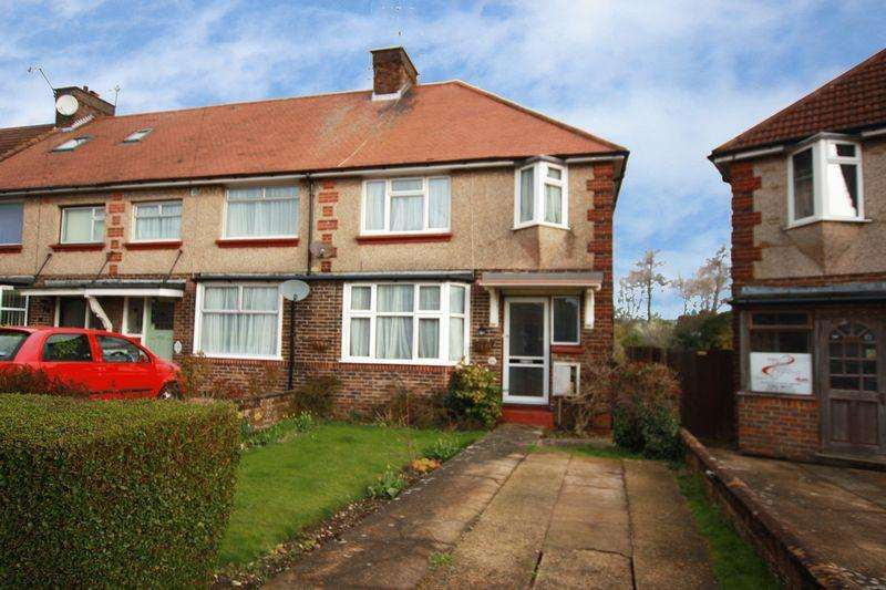 3 Bedrooms Terraced House for sale in Marlowe Road, Worthing