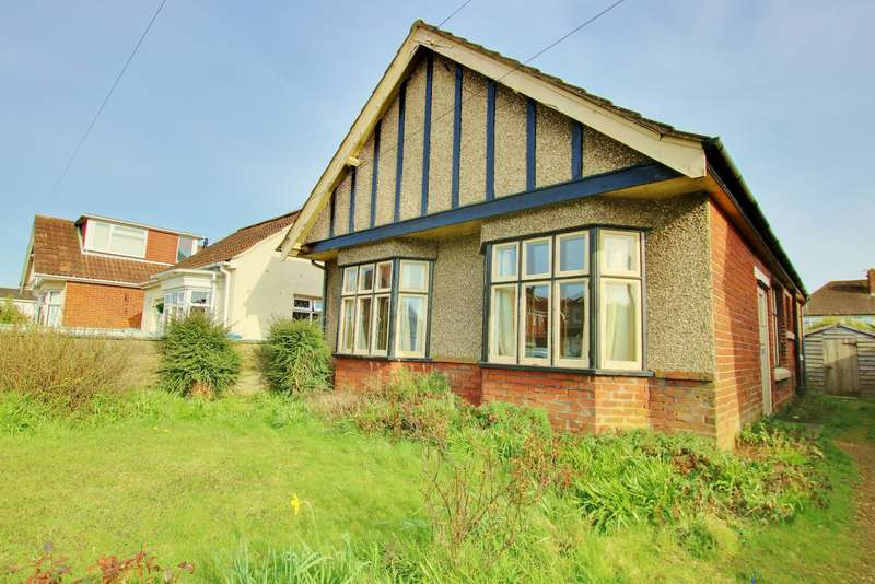 3 Bedrooms Detached Bungalow for sale in Midanbury, Southampton