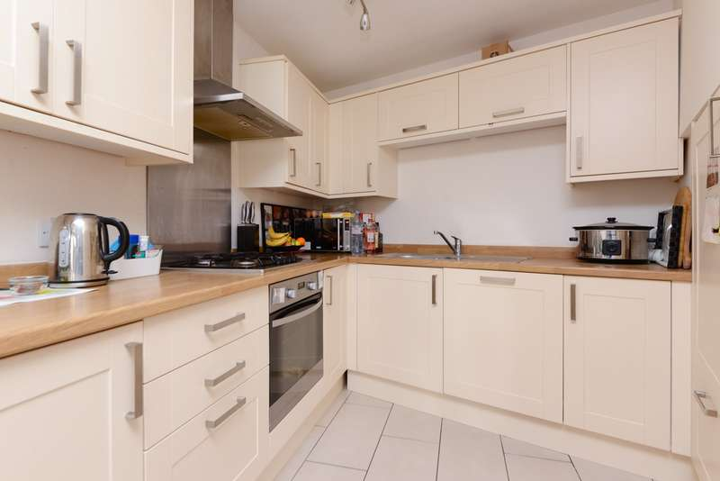 2 Bedrooms Terraced House for sale in Fordwich Road, Sturry, Canterbury, CT2