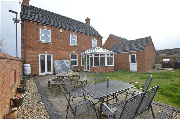4 Bedrooms Detached House for sale in Lime Road, Walton Cardiff, Tewkesbury, GL20 7RJ