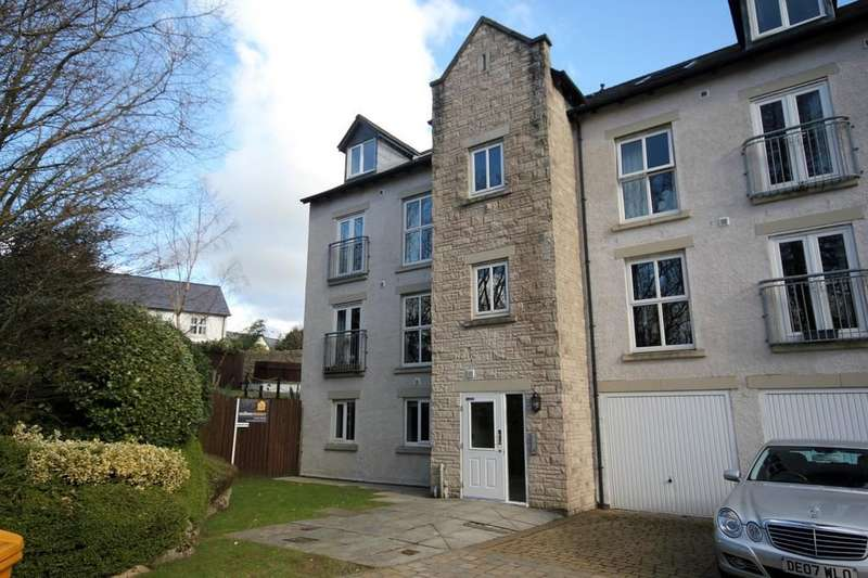 2 Bedrooms Apartment Flat for sale in Kirkstone Close, Kendal