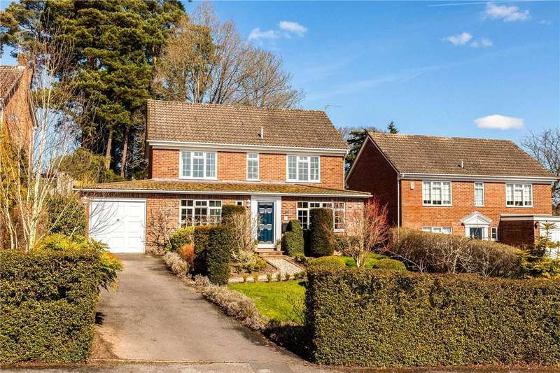 4 Bedrooms Detached House for sale in Willowmead Close, Newbury, Berkshire, RG14