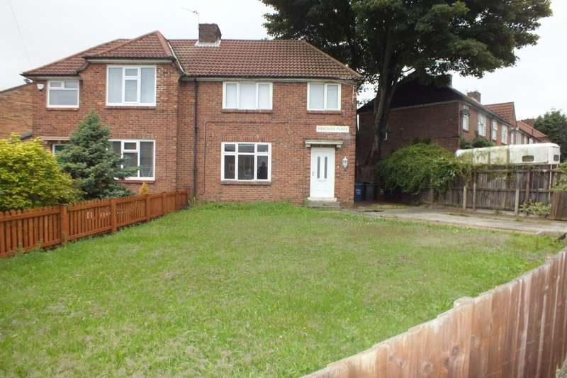 3 Bedrooms Terraced House for rent in Heather Place, Newcastle Upon Tyne, NE4