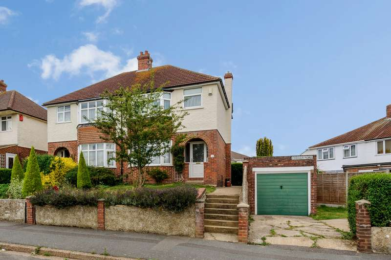 3 Bedrooms Semi Detached House for rent in Essella Road, Ashford TN24