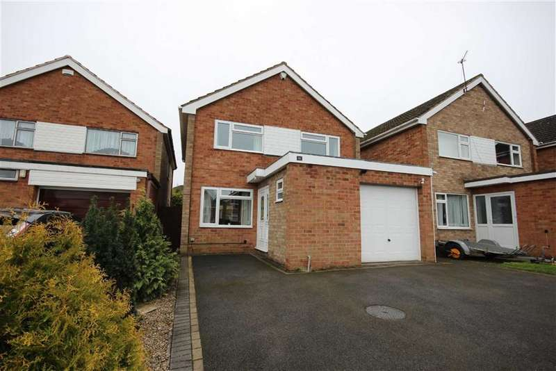 3 Bedrooms Detached House for sale in Cornwall Close, Warwick, CV34
