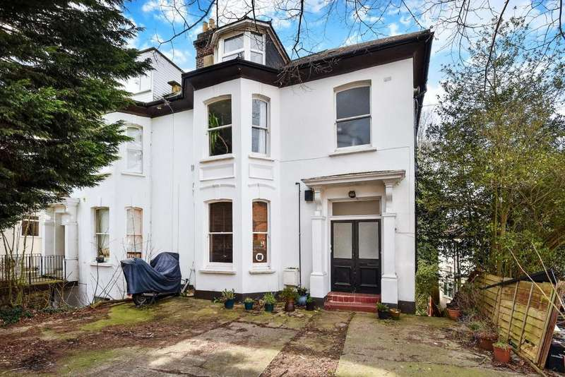 4 Bedrooms Flat for sale in Victoria Crescent, Crystal Palace