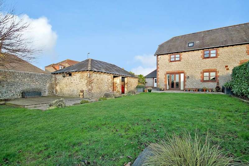 3 Bedrooms Semi Detached House for sale in Street Barn, Sompting