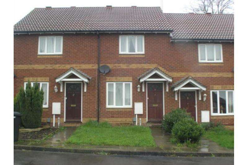 2 Bedrooms Terraced House for sale in Percheron Drive, Knaphill, Woking
