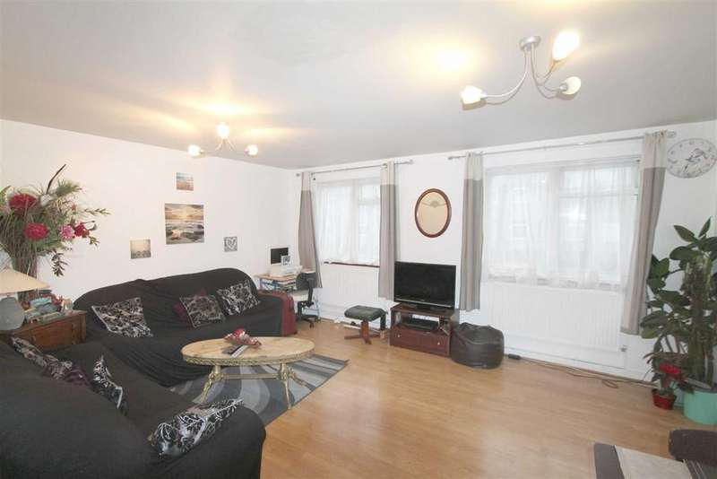 2 Bedrooms Flat for sale in Blunts Road, Eltham, London
