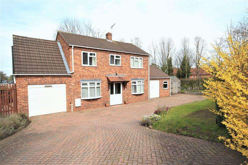 4 Bedrooms Detached House for sale in Claypit Street, Whitchurch