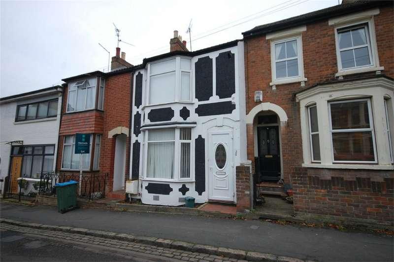 3 Bedrooms Terraced House for sale in Granville Street, Aylesbury, Buckinghamshire