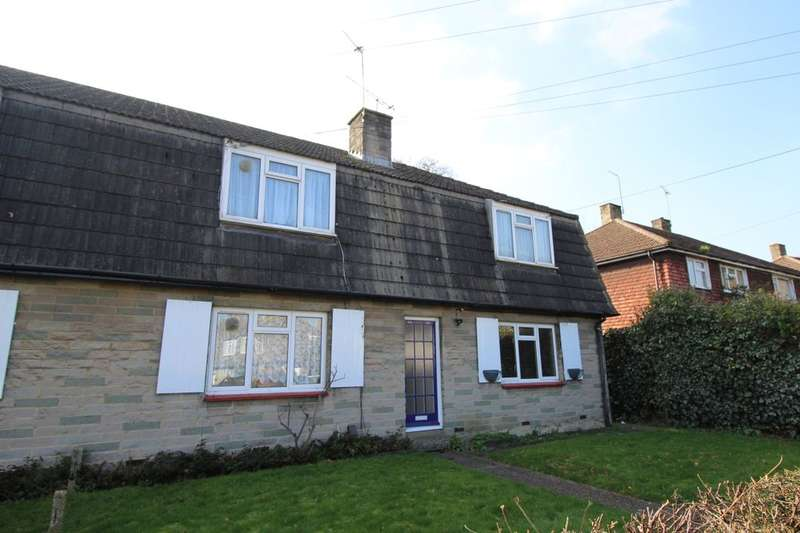Flat for sale in The Crescent, Egham, TW20