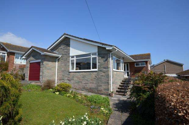 3 Bedrooms Detached Bungalow for sale in Maudlin Drive, Teignmouth, Devon