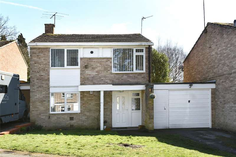 3 Bedrooms Link Detached House for sale in Holly Hedge Road, Frimley, Camberley, Surrey, GU16