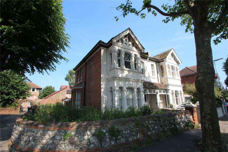 4 Bedrooms Semi Detached House for sale in Warwick Gardens, Worthing, West Sussex, BN11