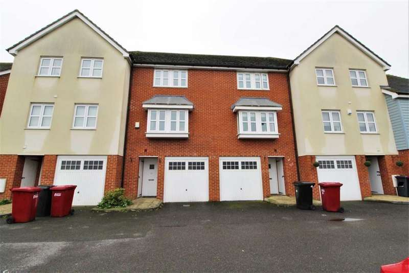 3 Bedrooms Town House for sale in Graylands Close, Slough