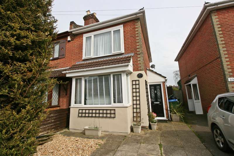 3 Bedrooms Semi Detached House for sale in Pinegrove Road, Sholing, Southampton, SO19 2PG
