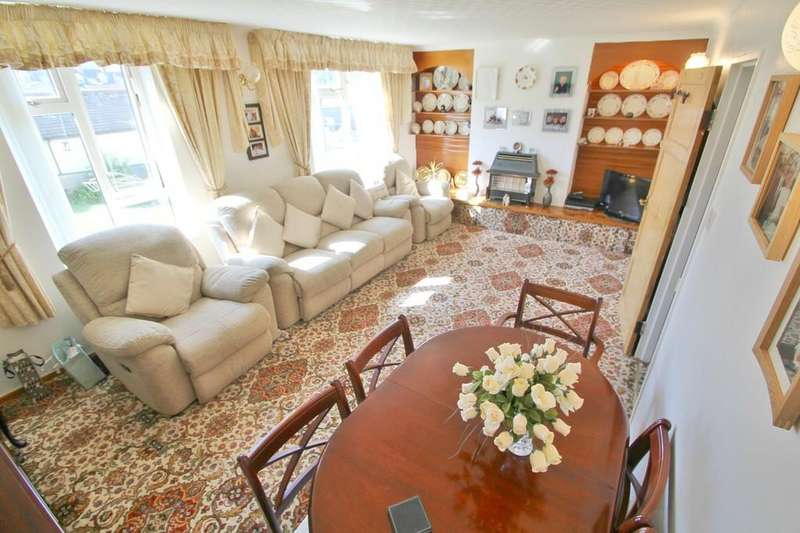 3 Bedrooms Maisonette Flat for sale in Barrack Place, Plymouth