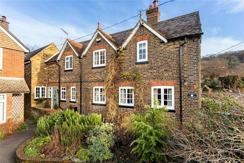 4 Bedrooms Semi Detached House for sale in Newground Road, Aldbury, Tring, HP23