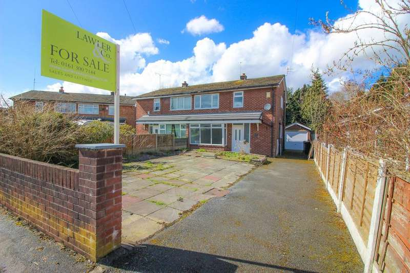 3 Bedrooms Semi Detached House for sale in Chippenham Avenue, Offerton, Stockport, sk2