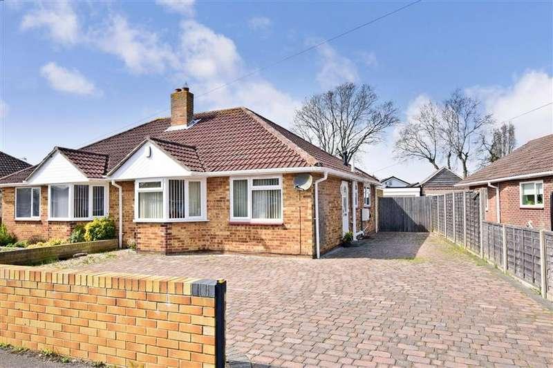 2 Bedrooms Semi Detached Bungalow for sale in Mancroft Avenue, Fareham, Hampshire