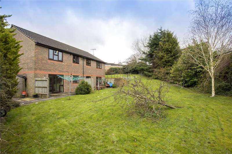 1 Bedroom Apartment Flat for sale in Hawk Place, Falcon Ridge, Berkhamsted, Hertfordshire, HP4