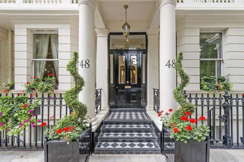 2 Bedrooms Flat for sale in Stanhope Gardens, South Kensington